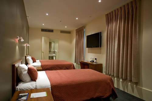 Victoria Hotel Melbourne 5