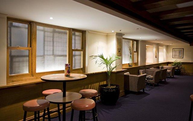 Victoria Hotel Melbourne 6