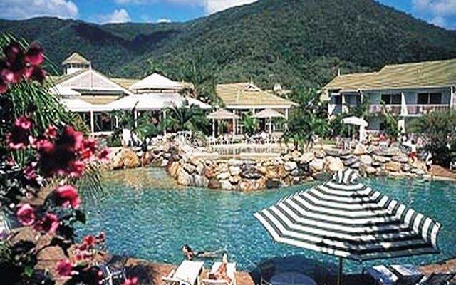 Novotel Palm Cove Resort 8