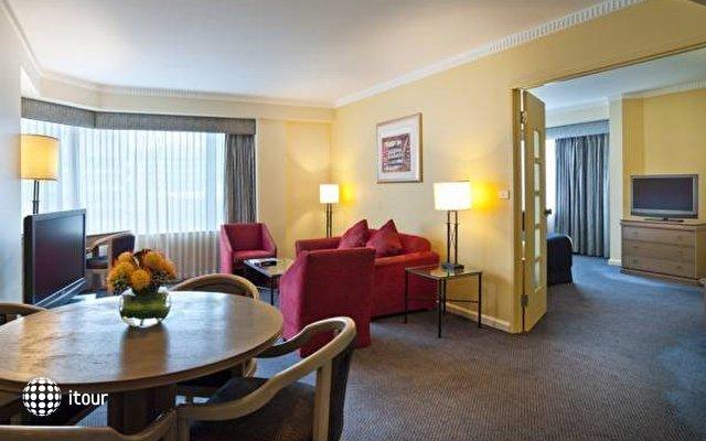 Hotel Grand Chancellor 4