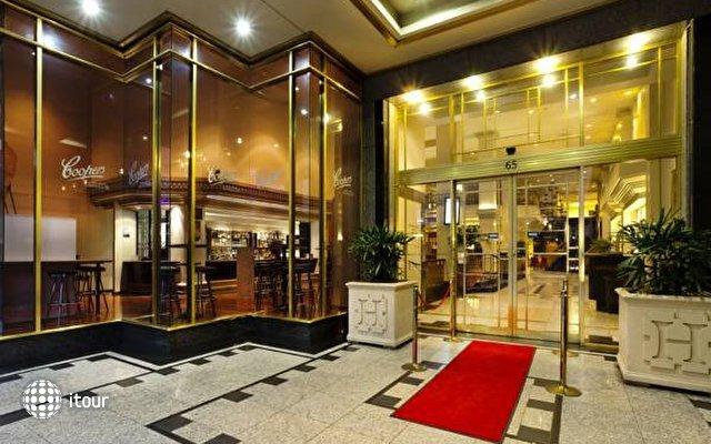 Hotel Grand Chancellor 8