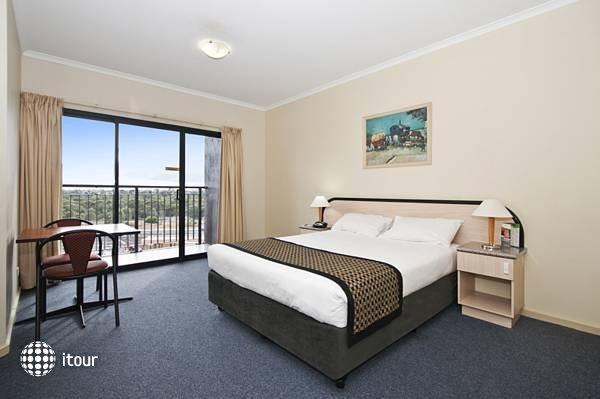 Comfort Hotel Adelaide Riviera  2