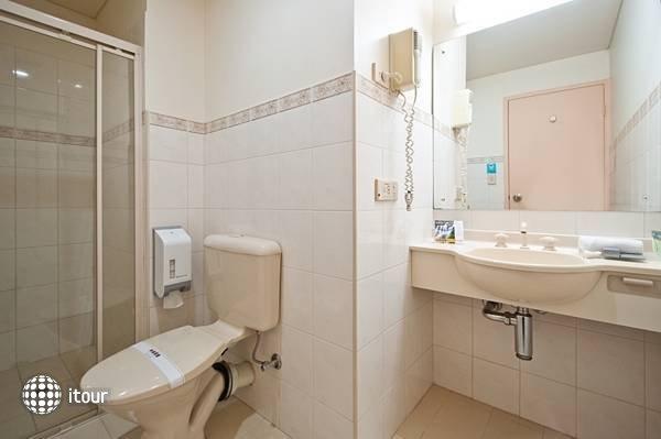 Comfort Hotel Adelaide Riviera  5
