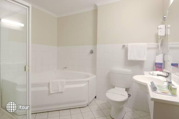 Comfort Hotel Adelaide Riviera  6
