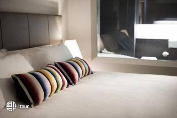Clarion Hotel Soho  3