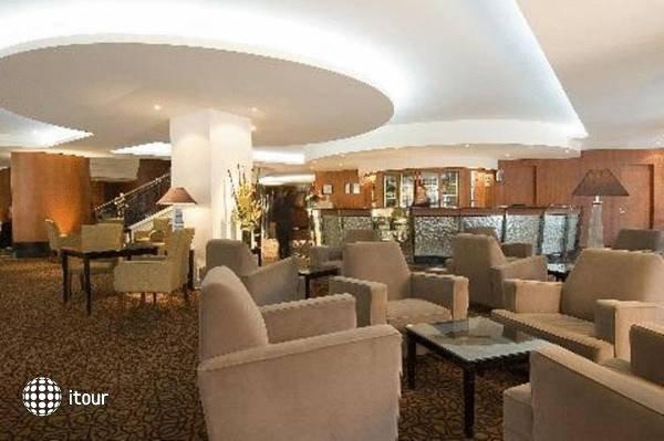Rendezvous Hotel Adelaide 3