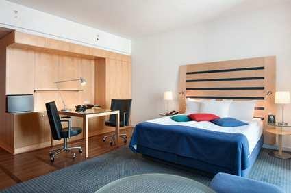 Hilton Copenhagen Airport Hotel 10