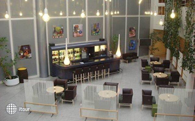 Lautruppark Hotel  3