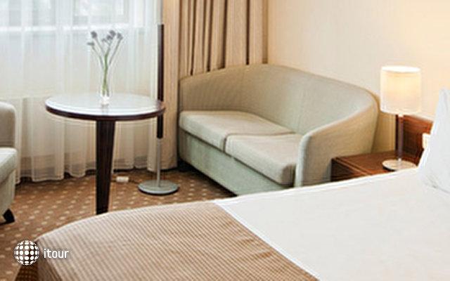 Holiday Inn Vilnus 4