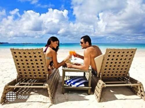 Estacio Uno Boracay Resort (ex. Waling-waling Beach Hotel Boracay) 4