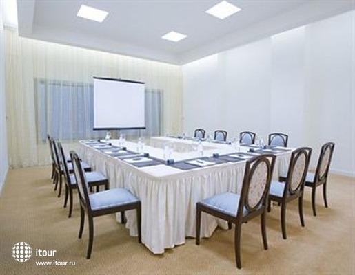 La Cigale Hotel Doha 6