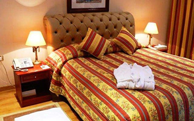 Al Bustan Hotel 6