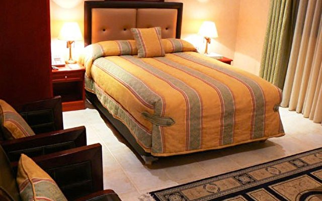 Al Bustan Hotel 7