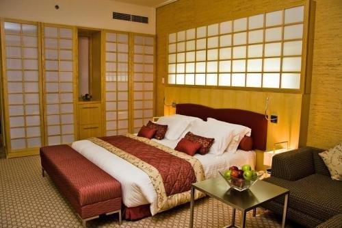 Ramada Plaza Doha Hotel 2