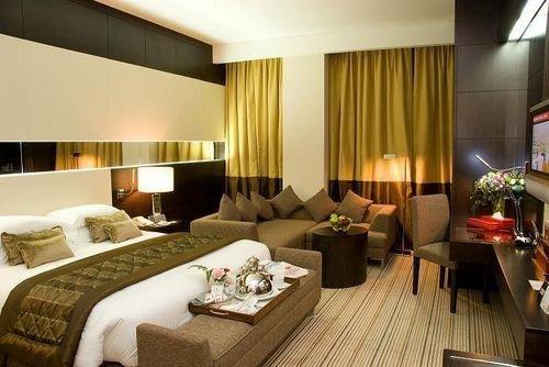 Ramada Plaza Doha Hotel 7