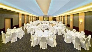 Coral Suites Al Hamra 6