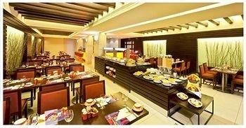 Coral Suites Al Hamra 7