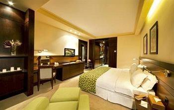 Coral Suites Al Hamra 8
