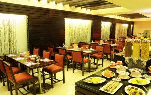 Coral Suites Al Hamra 10