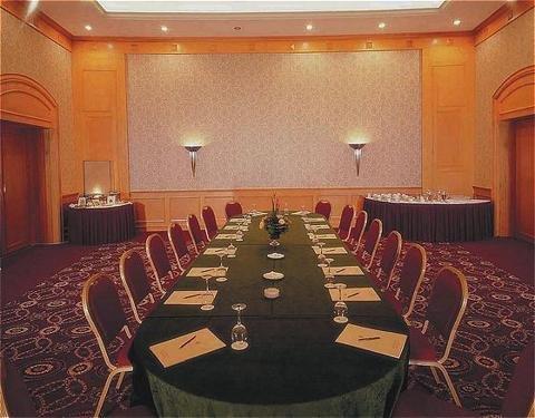 Metropolitan Palace Hotel Beirut 5