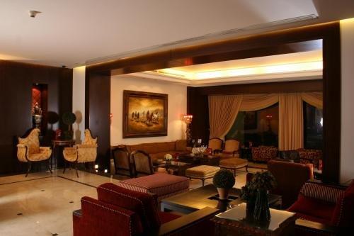Markazia Monroe Suites 1