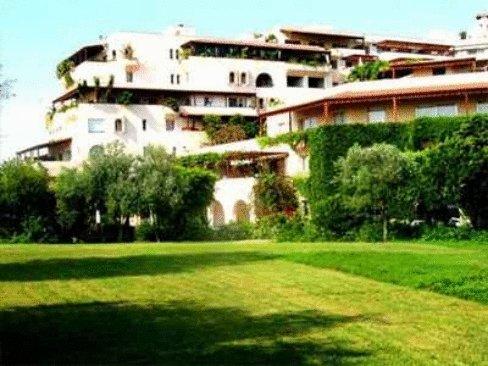 Portemilio Hotel & Resort 3