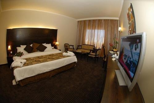 Sun Hills Suites 1