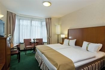 Holiday Inn Brussels Schuman 3