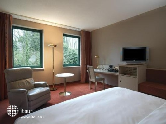 Four Points Sheraton 10