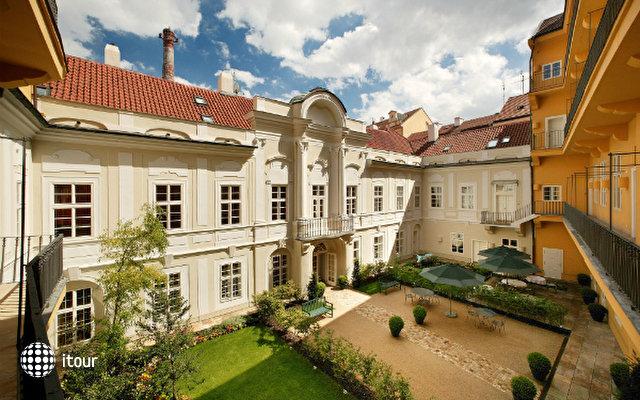 Pachtuv Palace 1