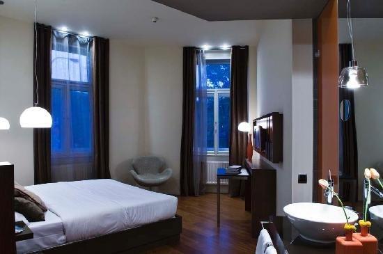 987 Prague Hotel 14