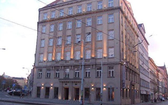 987 Prague Hotel 1
