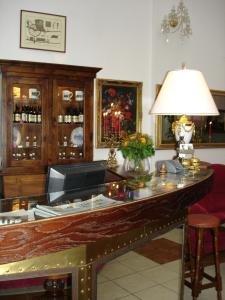 Athena Palace 10