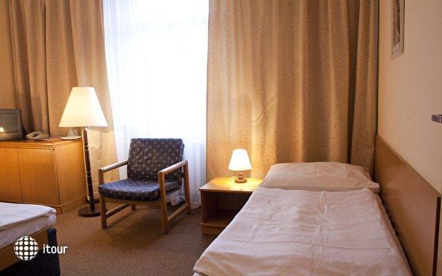 Ea Hotel Jasmin 9