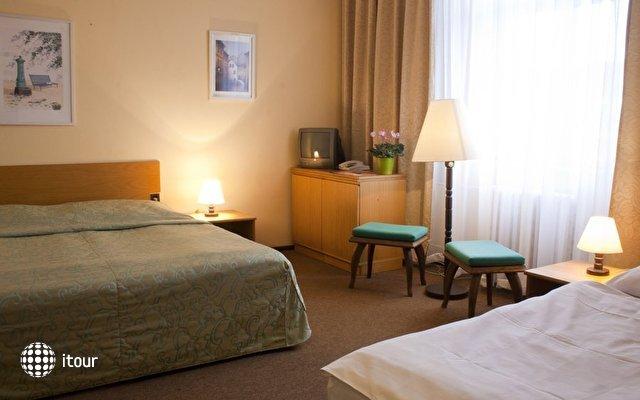 Ea Hotel Jasmin 8