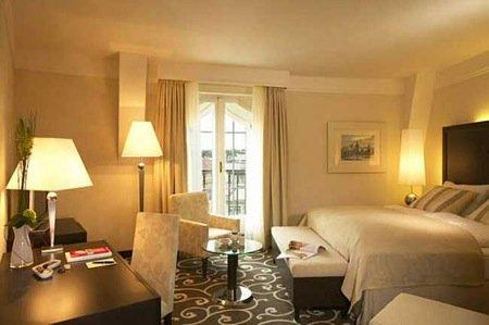 Grand Hotel Bohemia 8