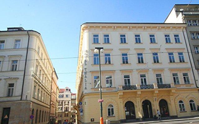 Eurostars Hotel Thalia 5