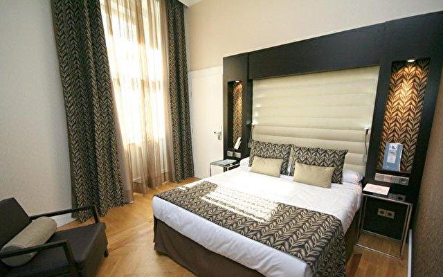 Eurostars Hotel Thalia 4