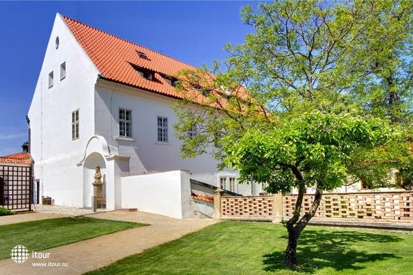 Residence Monastery 5