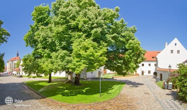 Residence Monastery 7