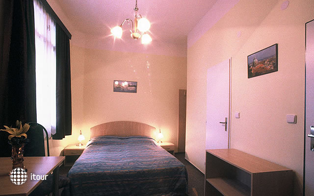 Penzion Domov Mladeze 4