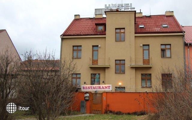 Hotel 51 1