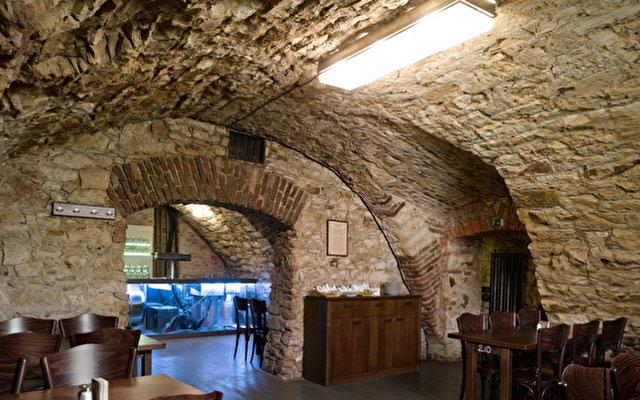 Lokal Inn 2