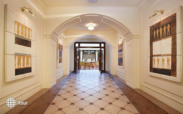 Royal Galerie 10