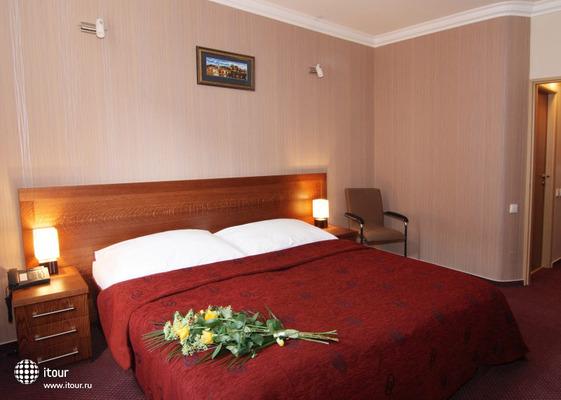 Relax Inn 2