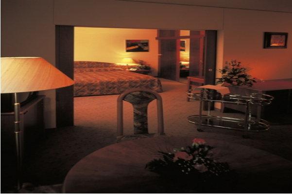 Club Hotel Praha-pruhonice 7