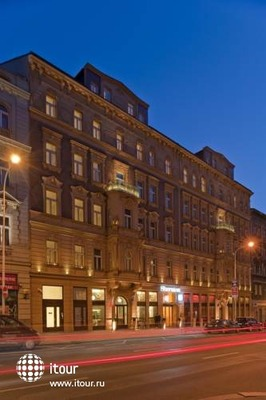 Sheraton Prague Charles Square 7