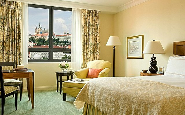 Four Seasons Prague 2