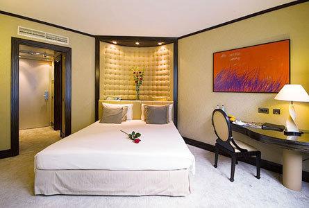 Boscolo Hotel Carlo Iv 5