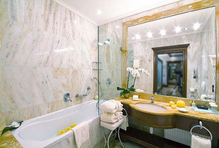 Boscolo Hotel Carlo Iv 8